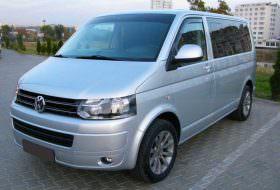 hiring minivan with driver