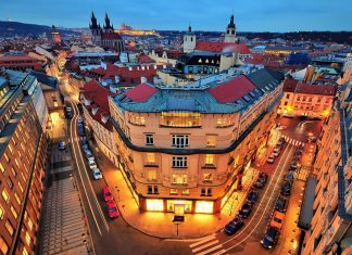 car rental in Prague with driver